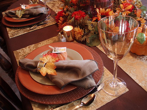 Fall leaves place setting