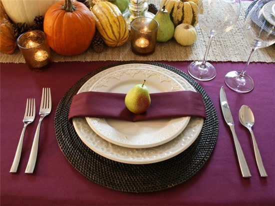 Purple placesetting