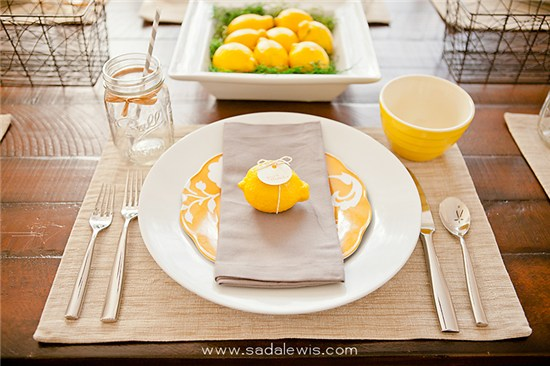 Thanksgiving place setting with lemons
